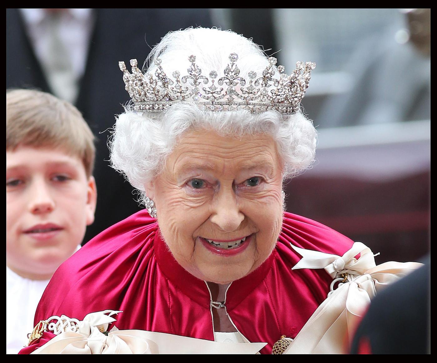La Regina Elisabetta II, una biografia piena di curiosità