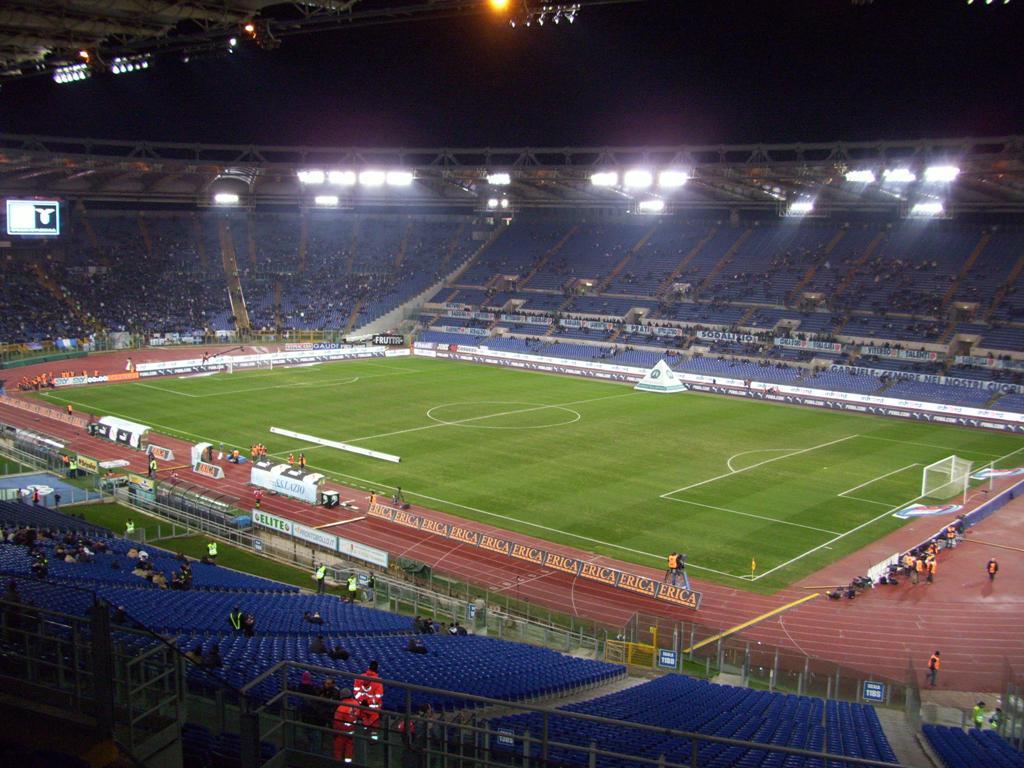 Olimpico di Roma: se cambi posto in curva c'è una multa di 167 euro
