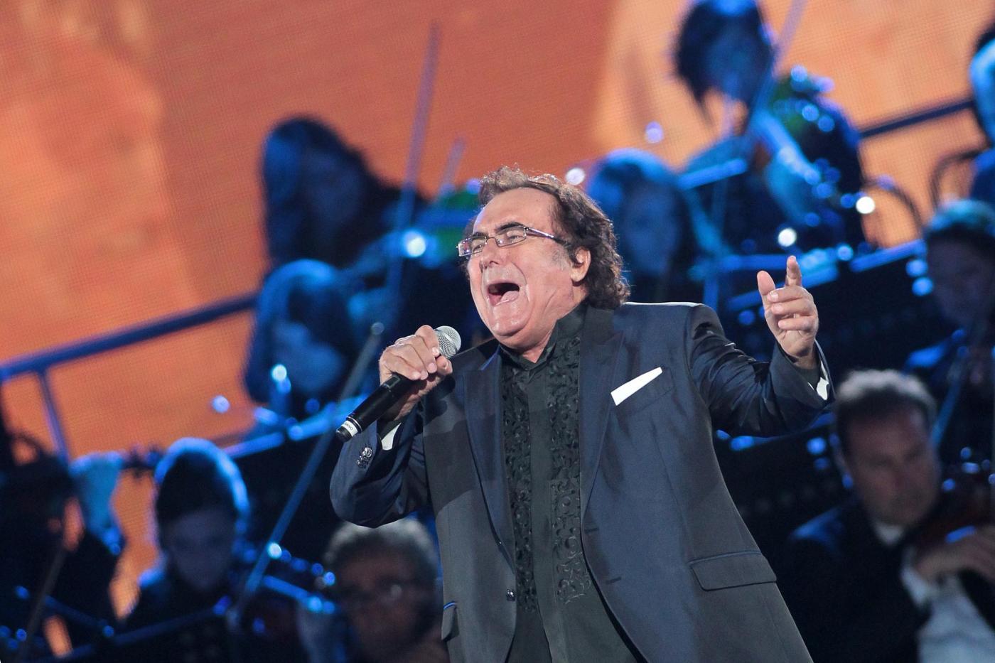 Albano: 'A Sanremo 2017 con lo spirito di sempre, a Trump canterei 'O sole mio'