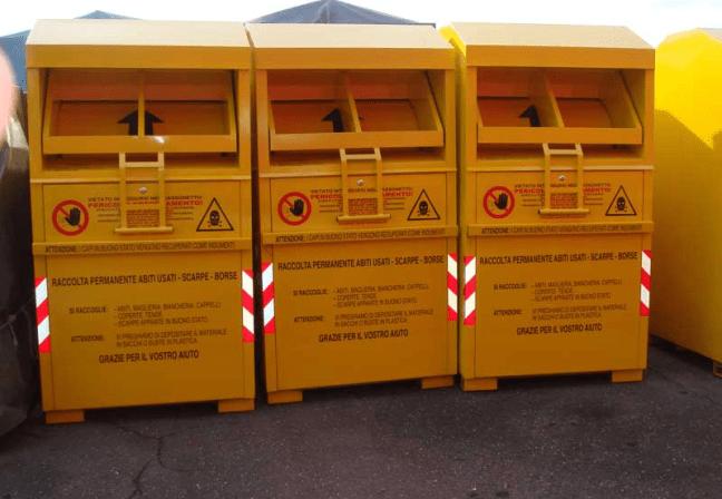 Vestiti usati, attenti a quelli messi nei cassonetti gialli: vengono rivenduti