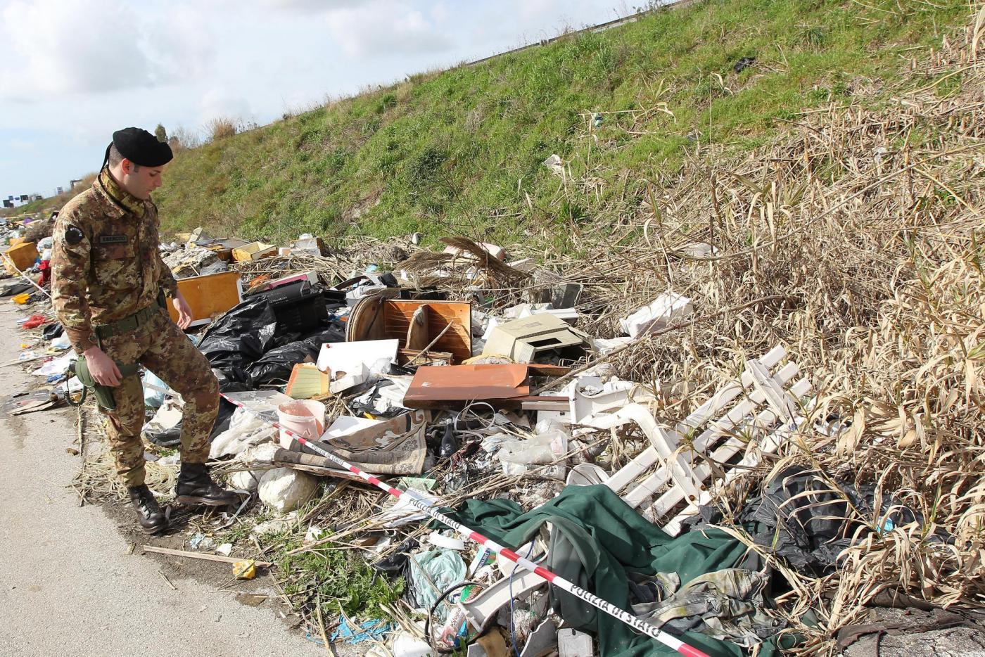 Terra dei Fuochi: effetto serra aumenta per i roghi dei rifiuti