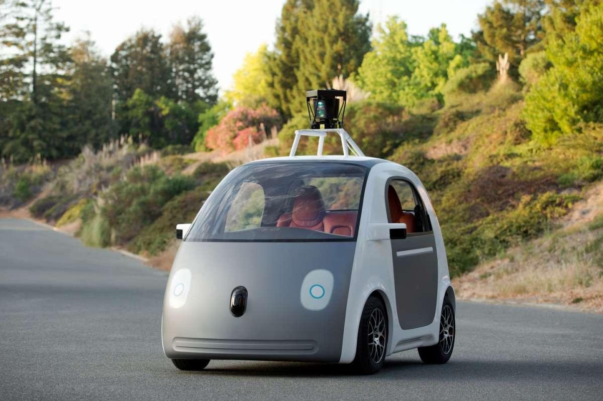 Google car: l'auto intelligente non può capire le negligenze umane