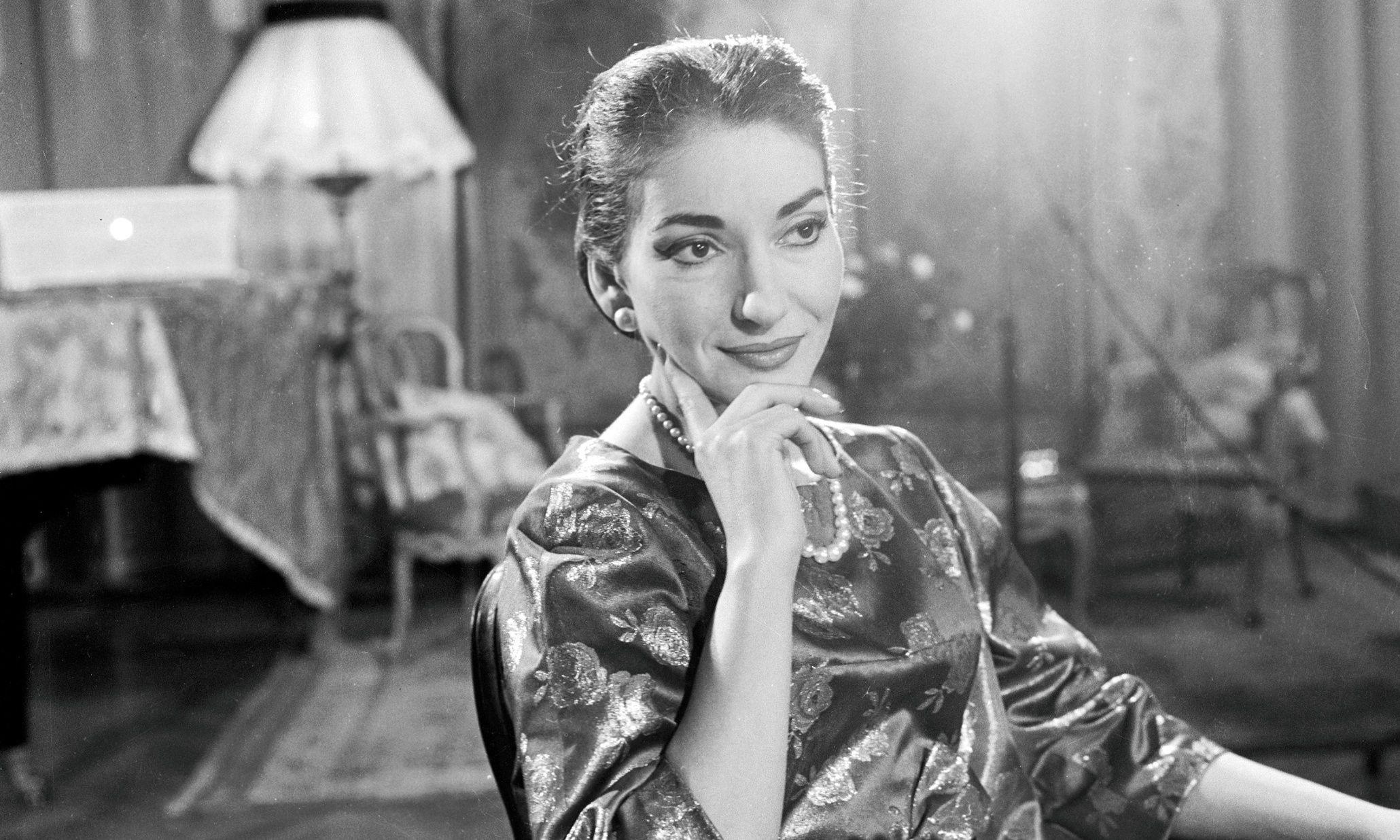 Maria Callas, la morte della 'Casta Diva' 38 anni fa: Onassis, il figlio e altri amori