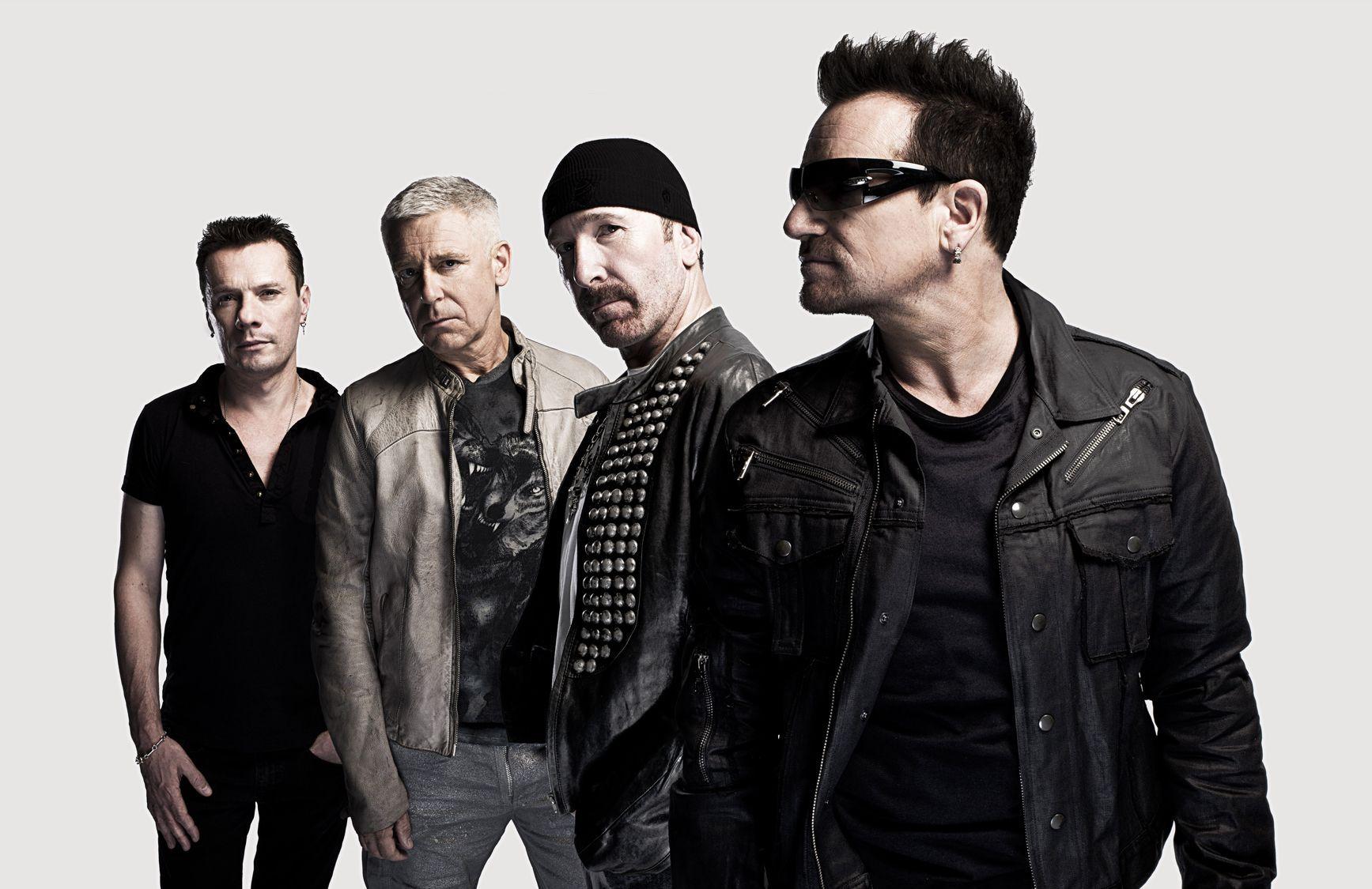 Bono Vox: pizza gratis ai fan degli U2 in attesa del concerto a Torino