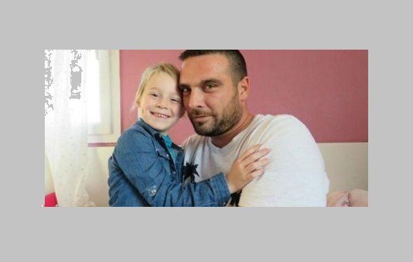 La figlia ha il cancro: i colleghi regalano 350 giorni di ferie al padre