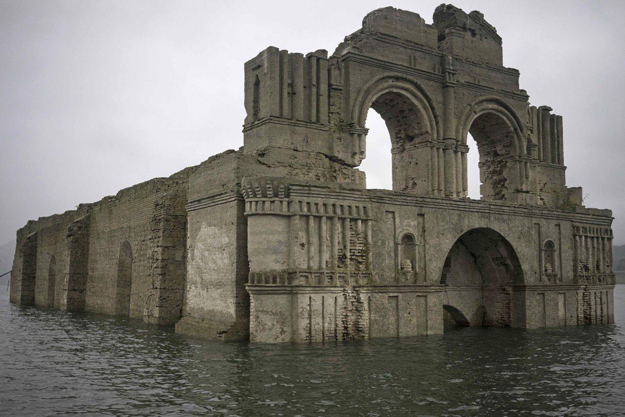 Riemerge una Chiesa del 1600: la siccità in Messico regala una scoperta stupefacente
