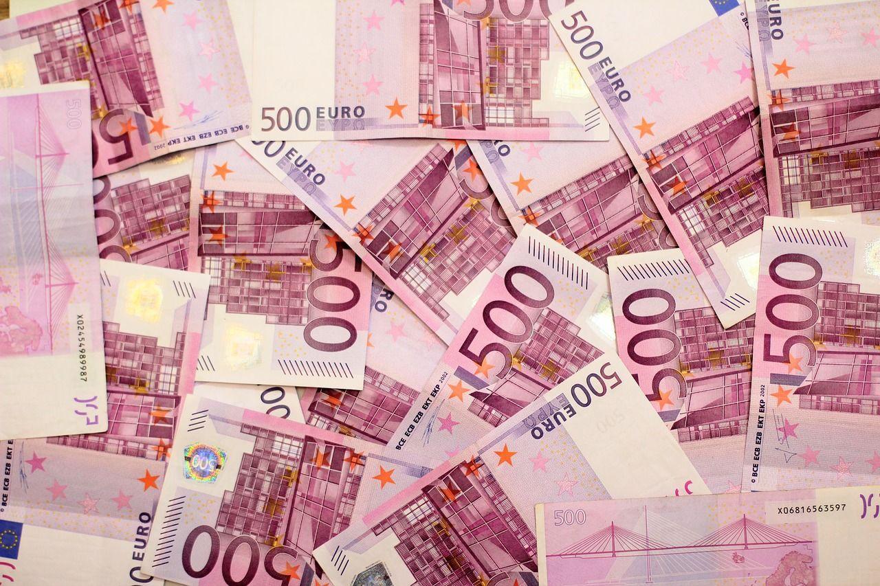Bonus di 500 euro per gli insegnanti: come funziona e com'è stato speso negli ultimi due anni