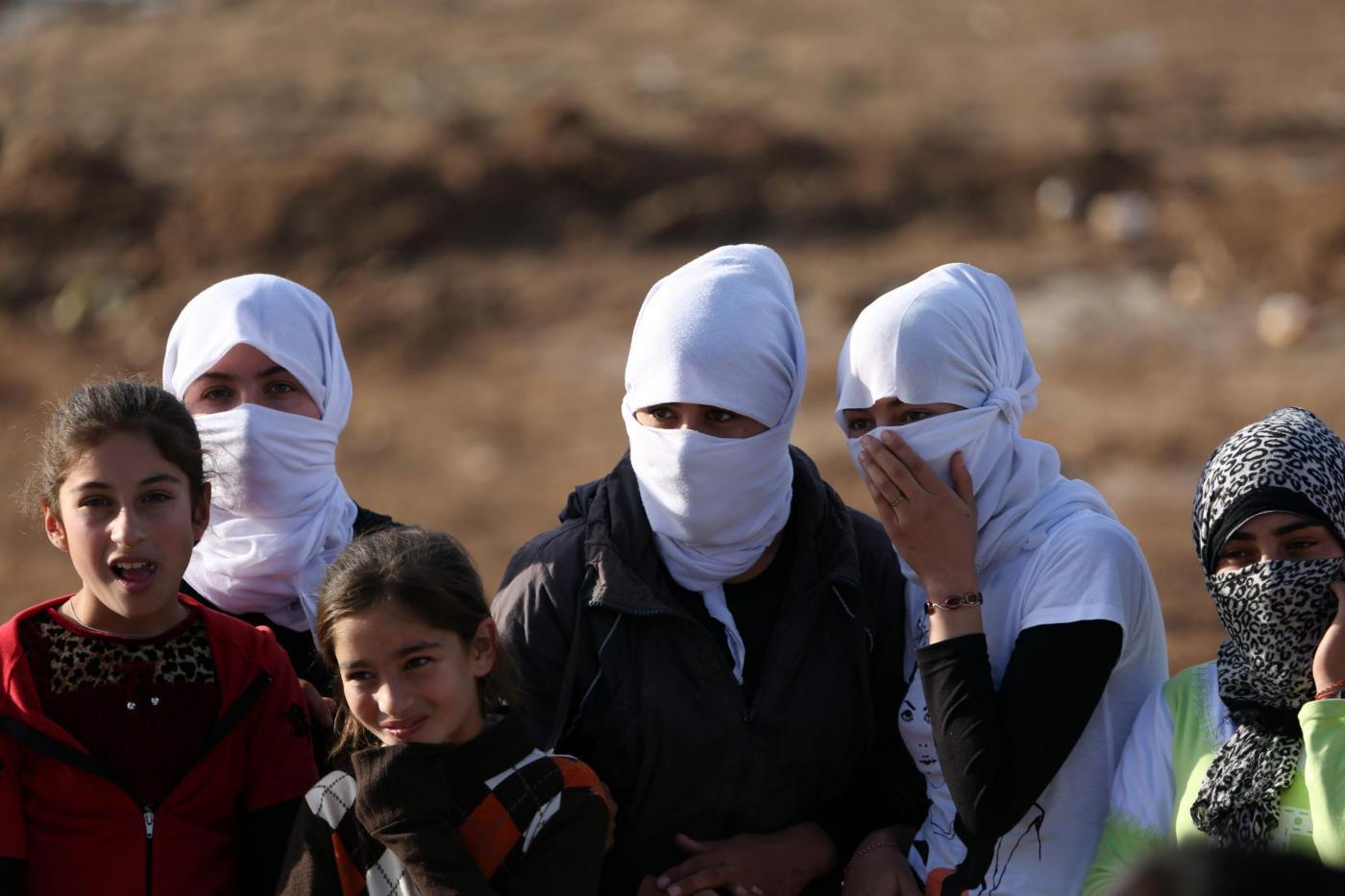 Isis: donne rapite, uccise e stuprate. E alcune scelgono il suicidio