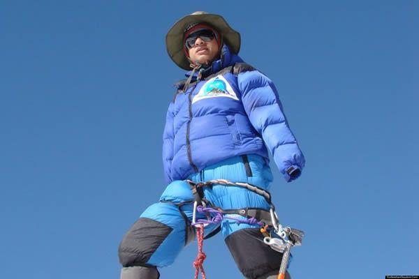 Everest senza braccia
