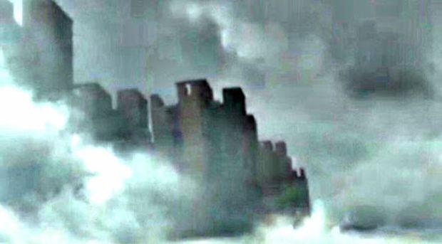 In Cina c'è una città sospesa fra le nuvole