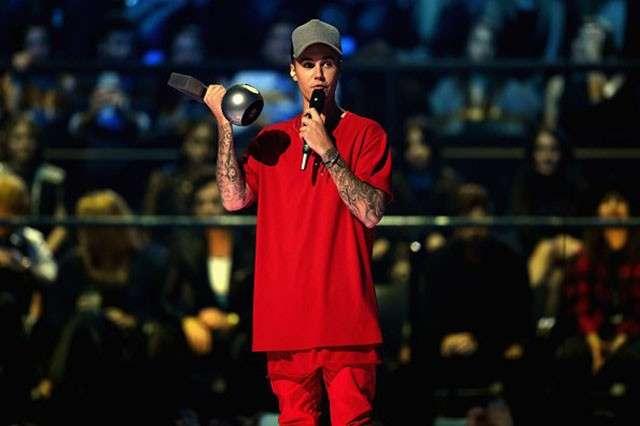 MTV EMA 2015, vincitori dei premi musicali: trionfo per Justin Bieber e Marco Mengoni