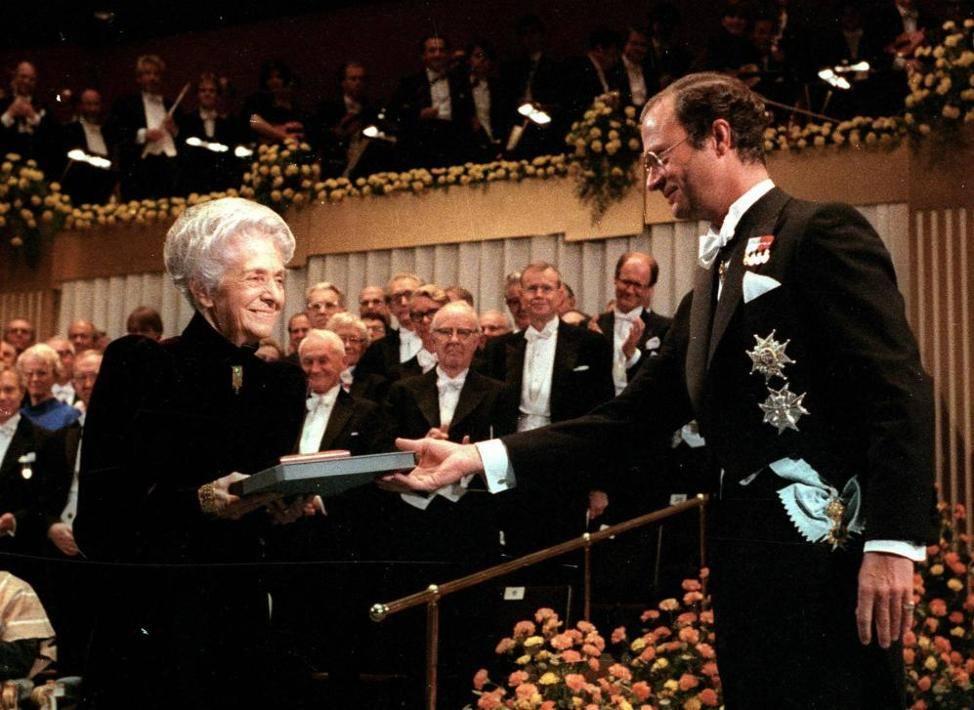 Premio Nobel, vincitori: da Carducci a Fo i venti italiani premiati