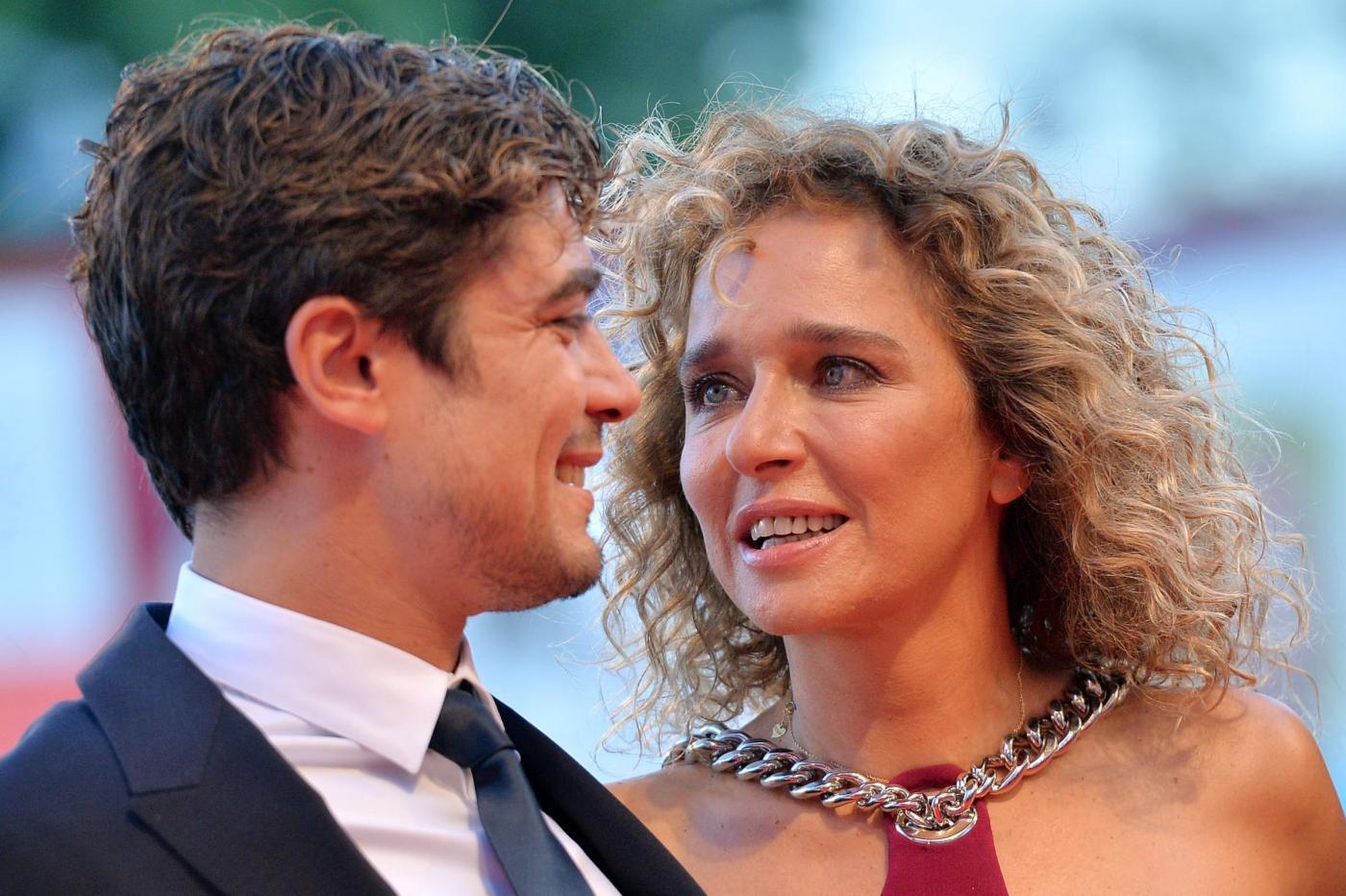 Riccardo Scamarcio e Valeria Golino, l'attore: 'Mi piace perché è una ragazzina'