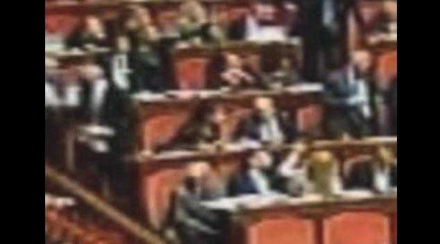 Insulti sessisti, il video di difesa del senatore D'Anna