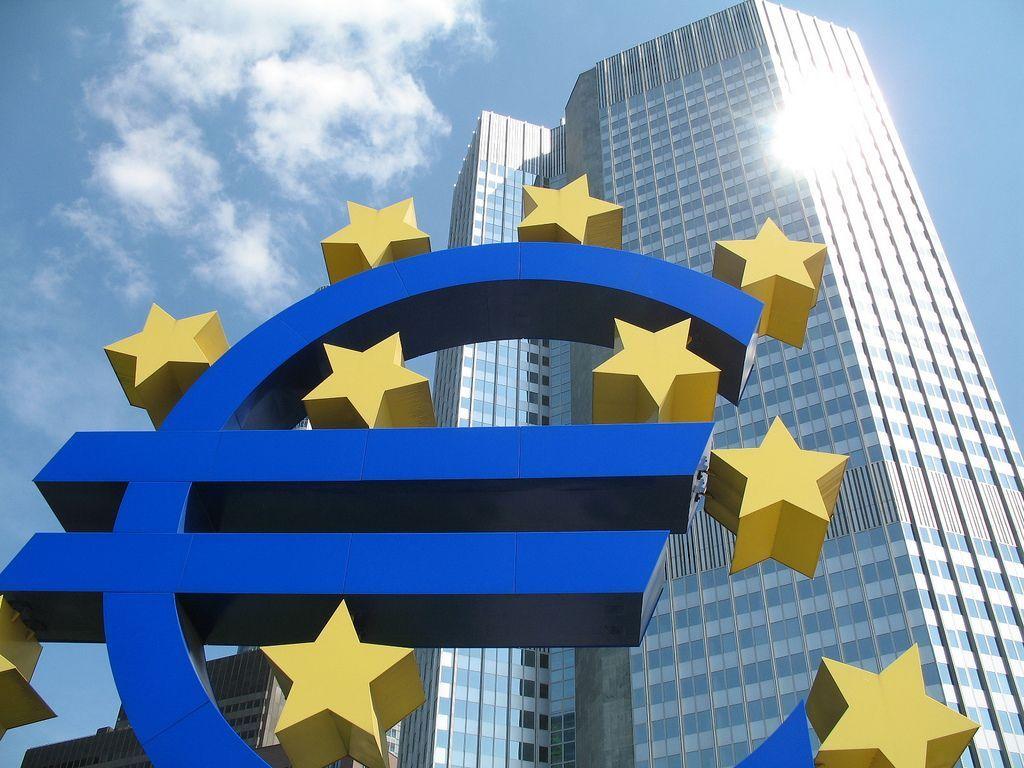 L'Europa ci costringe a spendere di più?