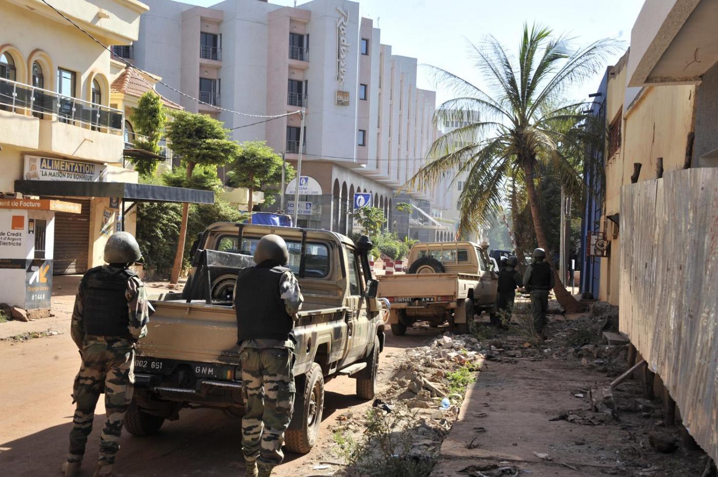 Mali, attacco terroristico all'hotel Radisson a Bamako