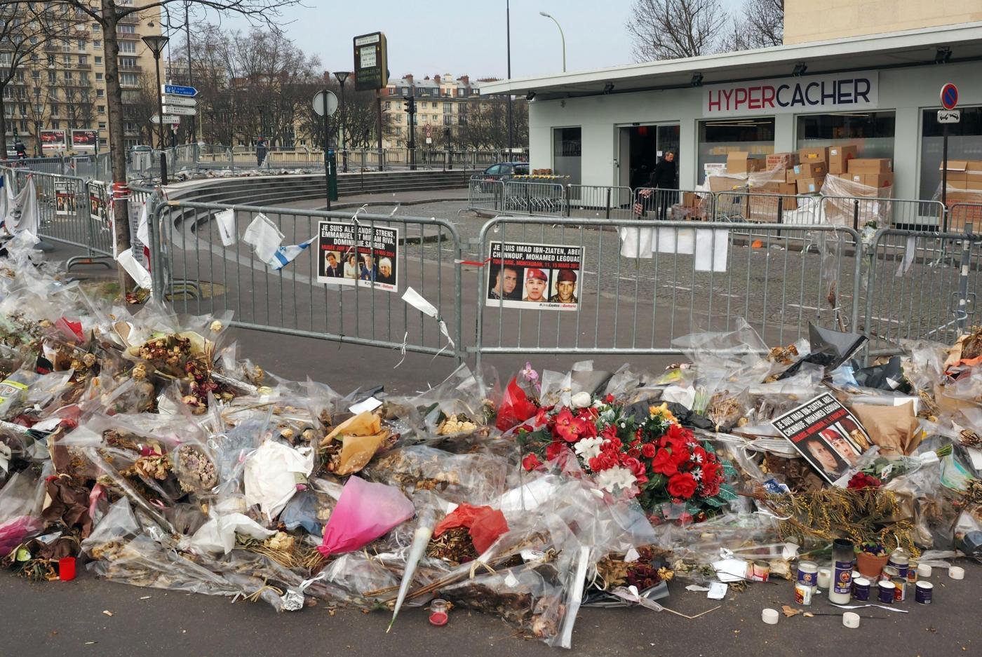Parigi, riapre il supermercato kosher