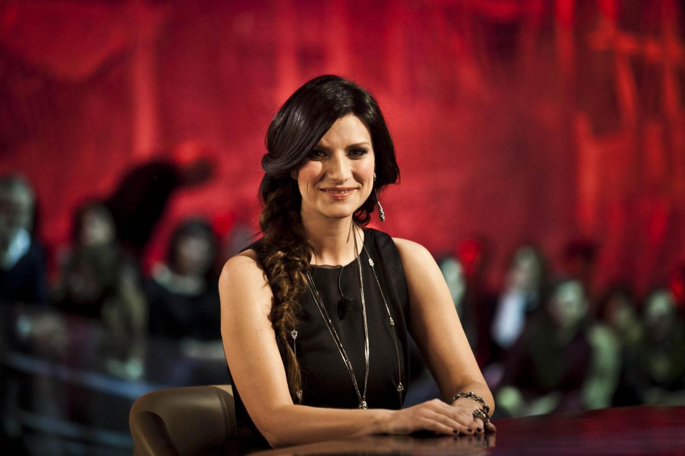 Laura Pausini, matrimonio con Paolo Carta non ancora deciso: 'Io sposata? Prima le nozze gay in Italia'