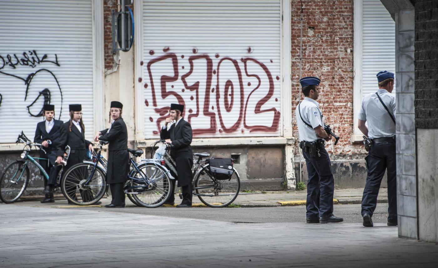 La comunità ebraica in Belgio sotto protezione dopo l'attacco al museo ebraico di Bruxelles