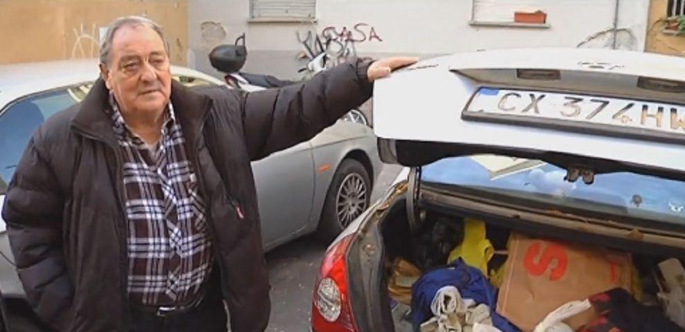 Trovato un alloggio provvisorio per il pensionato che dormiva in auto