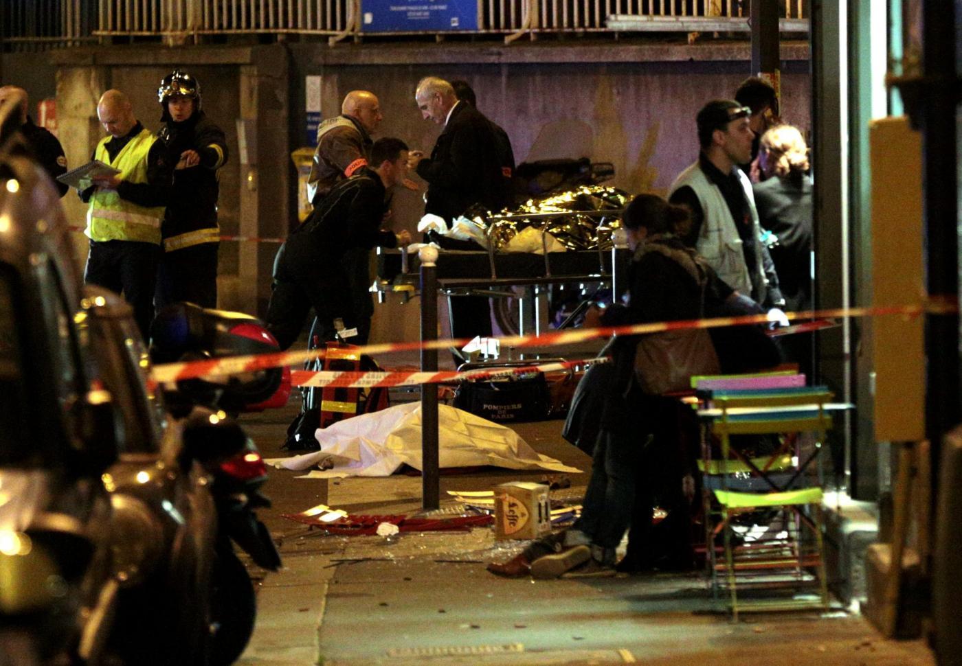Parigi, attacco terroristico