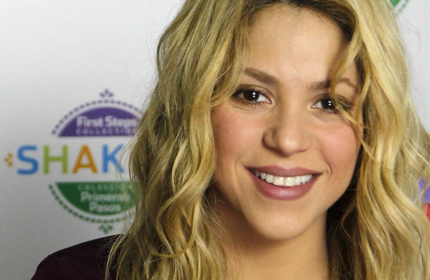 Shakira presentera' il suo secondo album dopo la nascita del secondo figlio.