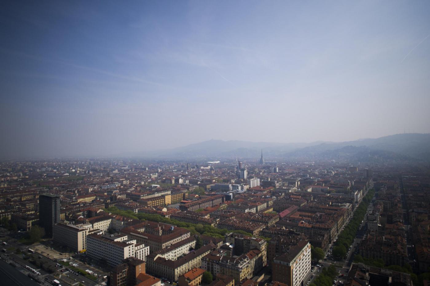Torino, suicidio di una bambina