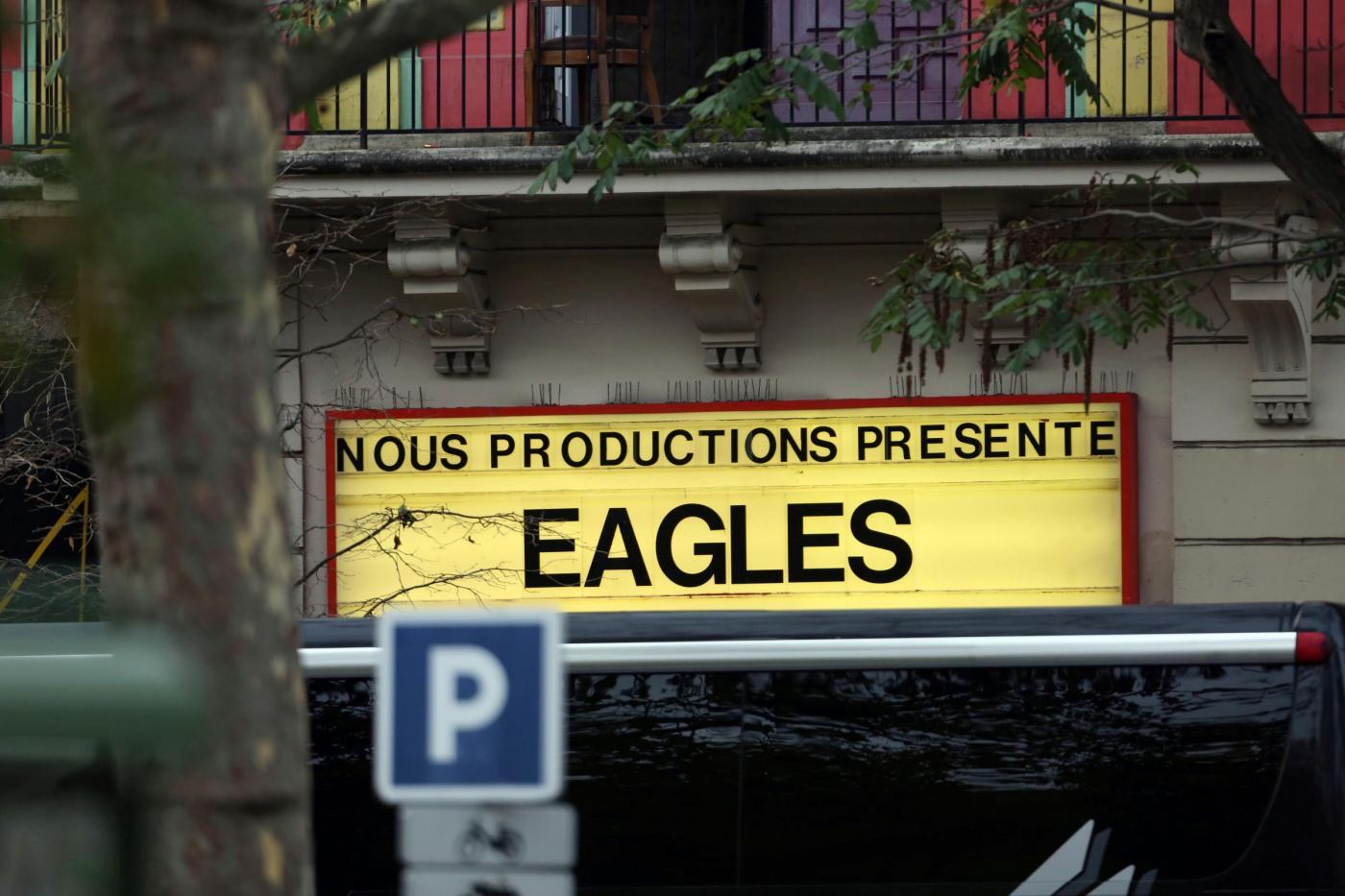 Attacchi a Parigi, il video all'interno del Bataclan