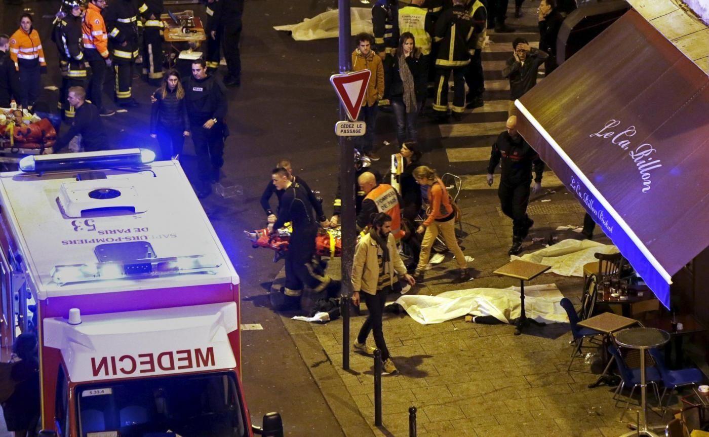 Attacchi a Parigi, cosa è successo: la dinamica dei fatti