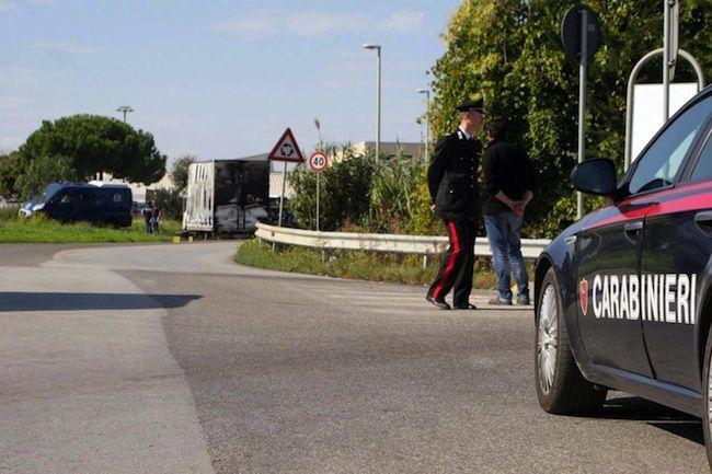 Ferrara, sorprendono ladri in casa: morta una delle due donne aggredite