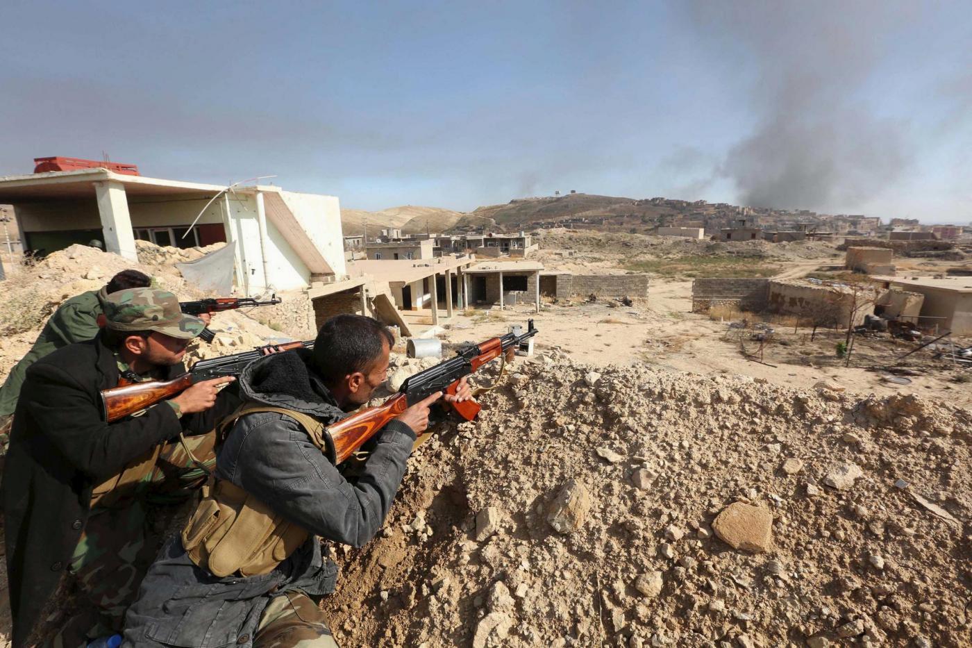 Isis, curdi lanciano offensiva per riprendere Sinjar in Iraq