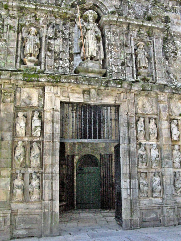 porta santa di santiago di compostela