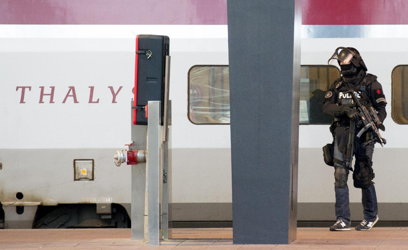 Rotterdam: l'arresto di un uomo sospettato dell'attentato sul treno Thalys