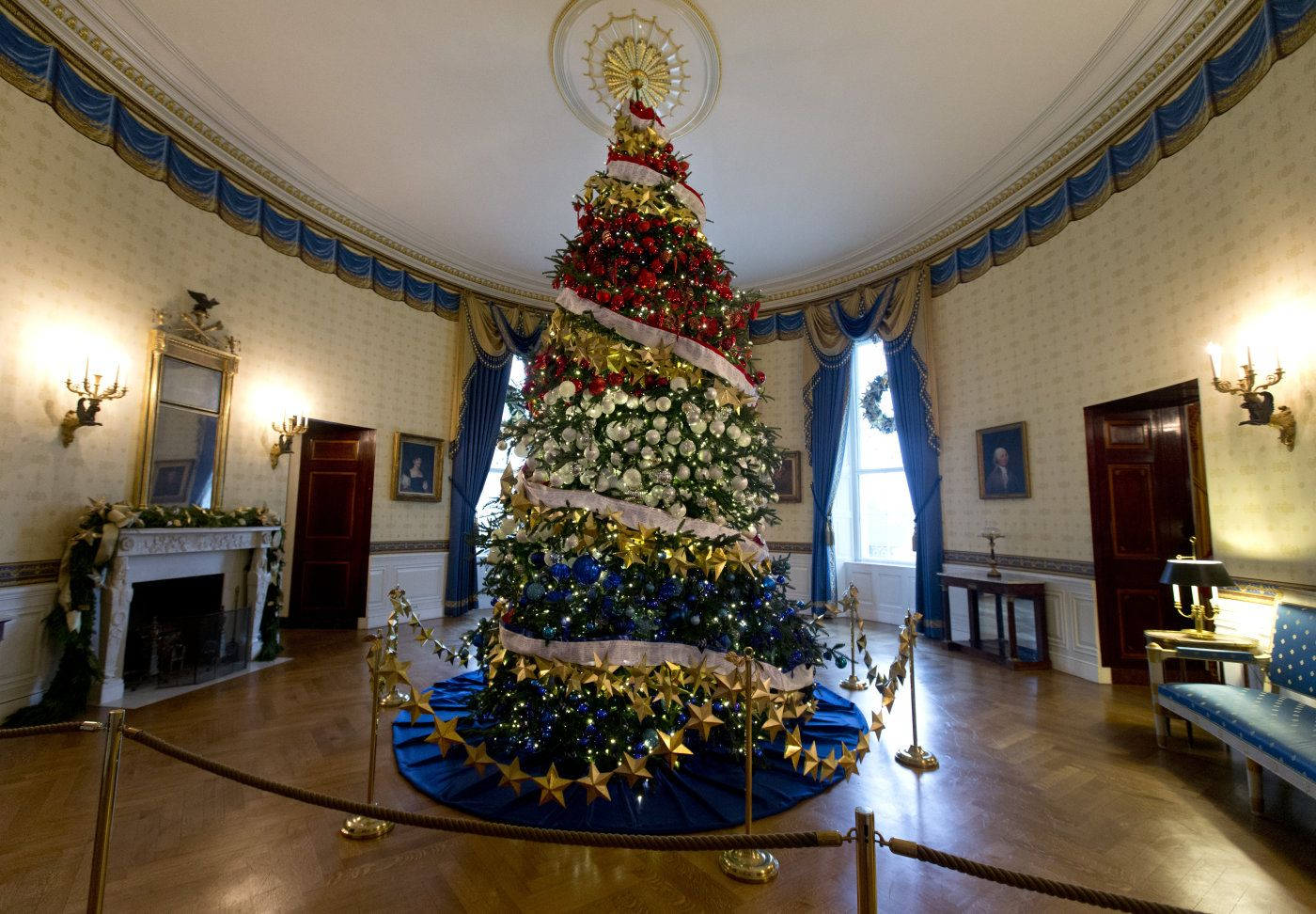 Albero Natale Casa Bianca