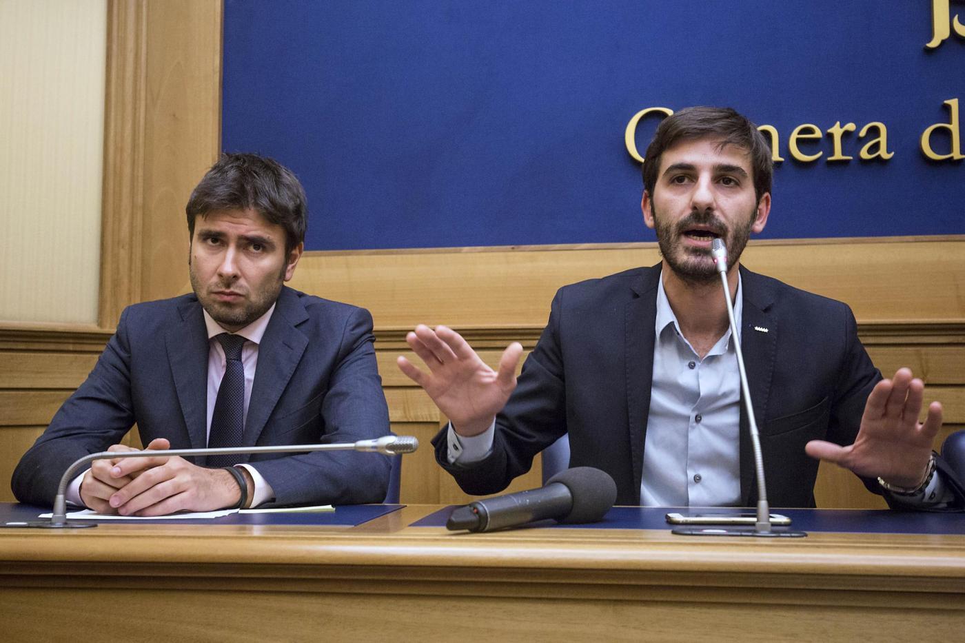Il M5S presenta una mozione di sfiducia al ministro Boschi