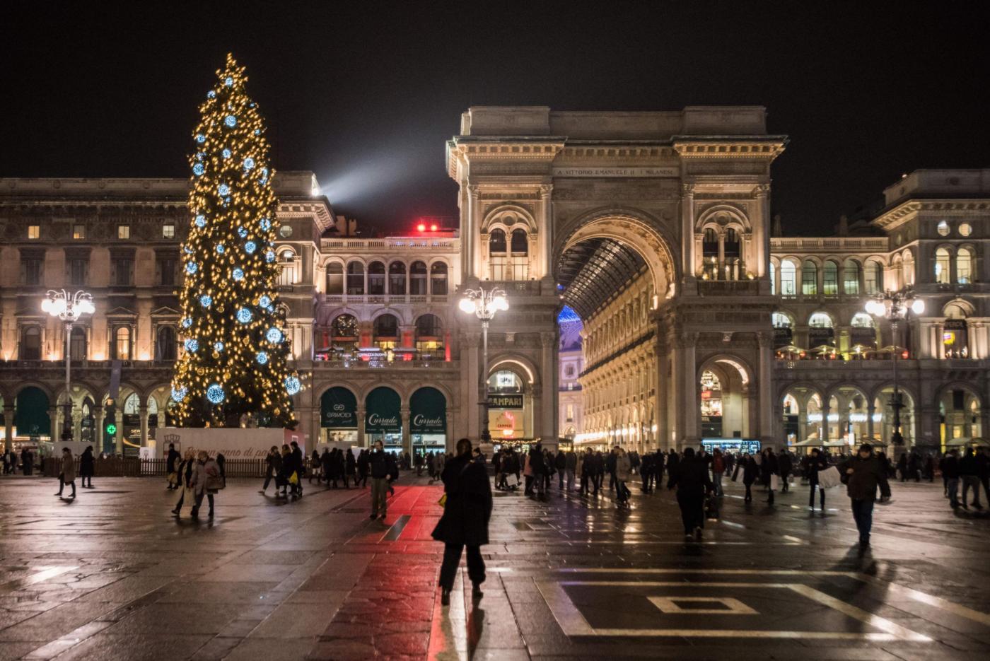 Albero di Natale in Piazza Duomo a Milano