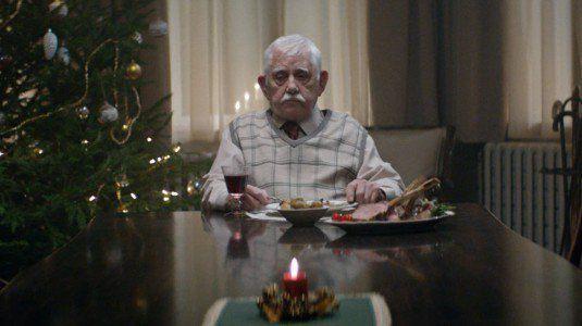 Nonn si finge morto a Natale