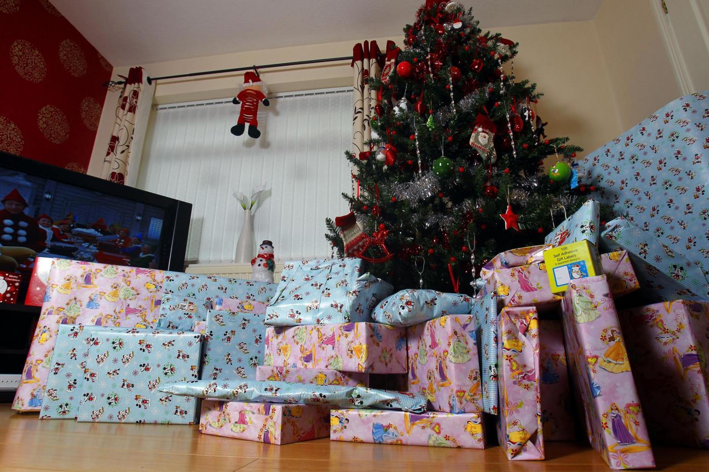 Christmas spending study