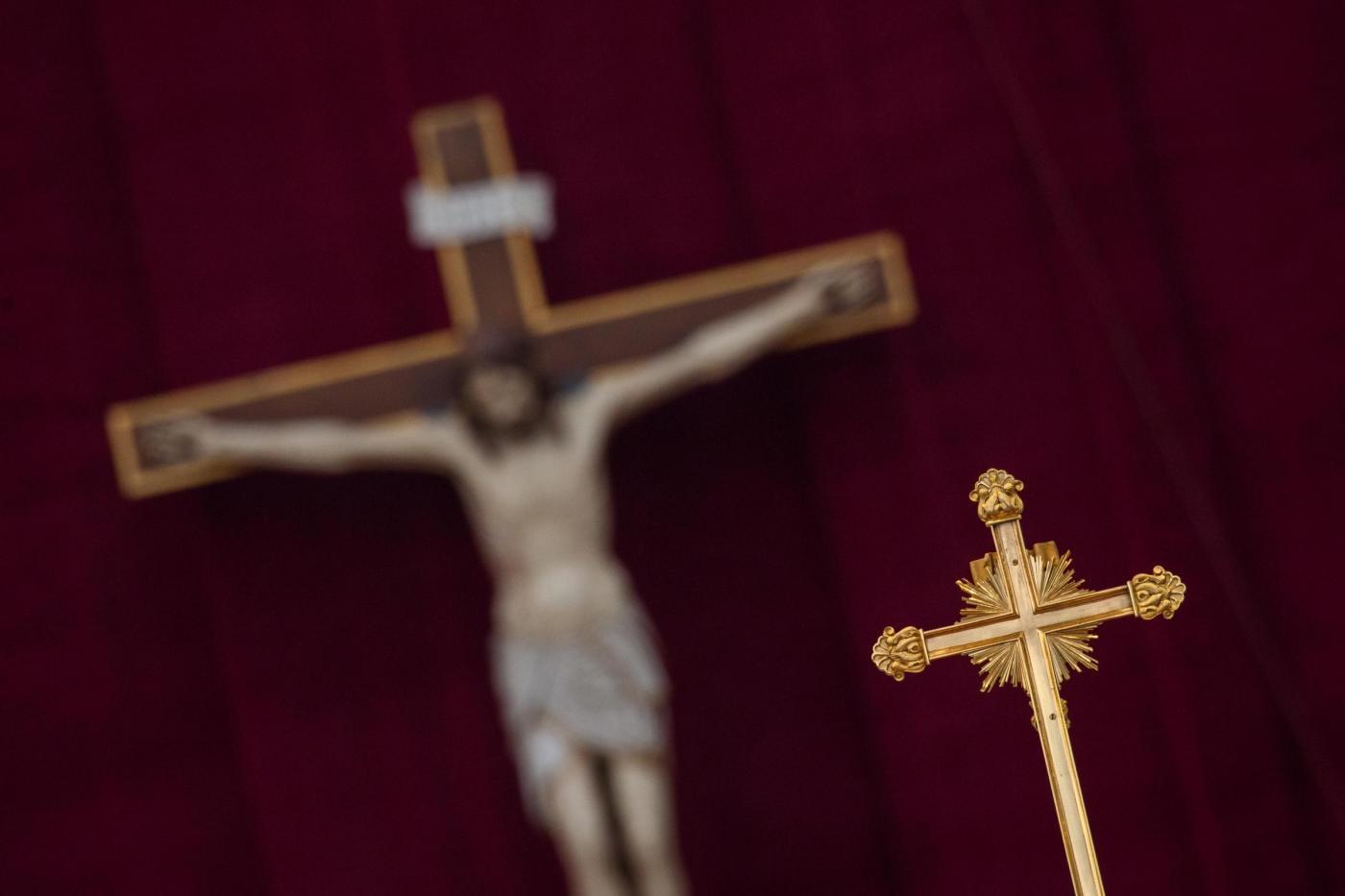 Giubileo: sequestrati 500 mila pezzi tra rosari e altri gadget falsi