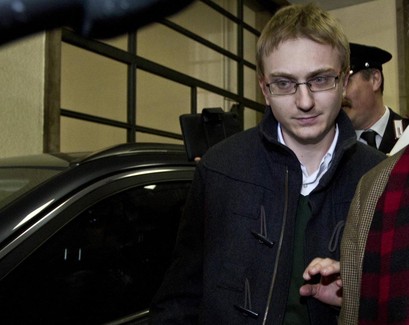 Alberto Stasi in carcere per l'omicidio di Chiara Poggi: 'Non so come sopravviverò'