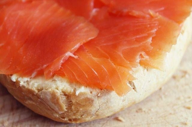 batterio listeria salmone cenone pranzo natale