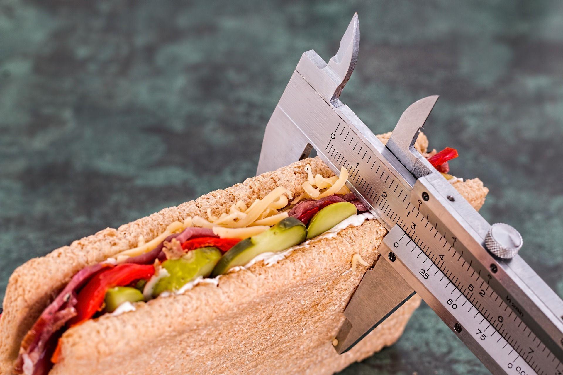 come mangiare di meno senza fatica