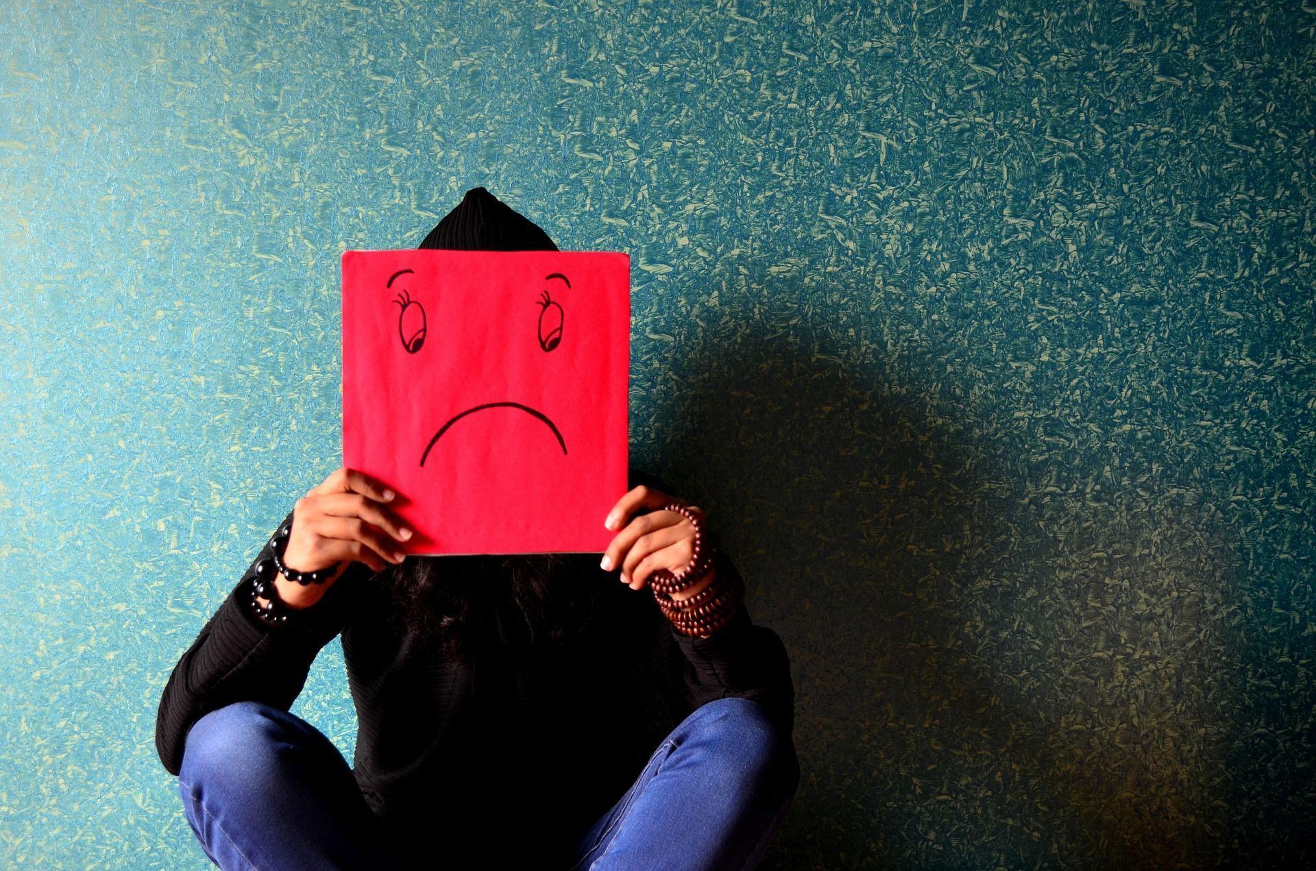 Depressione, nuova cura: lo studio condotto da un italiano