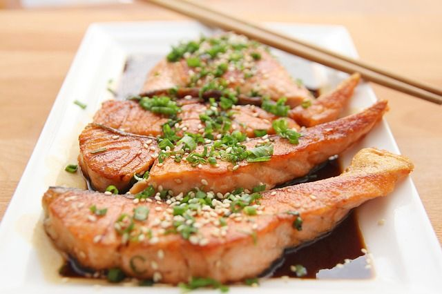 salmone ogm cenone pranzo natale