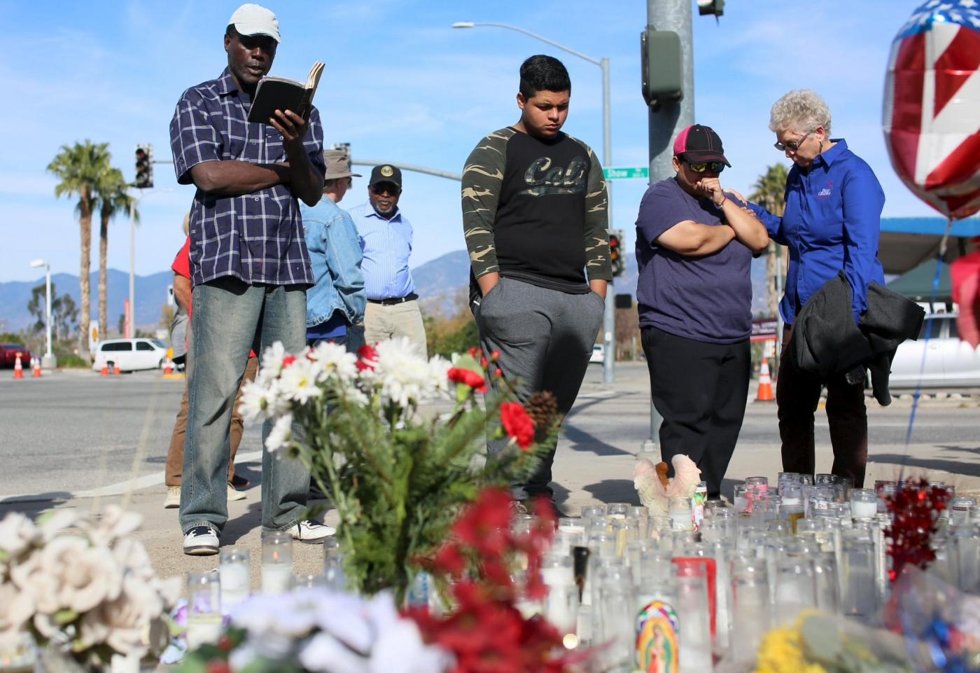 Sparatoria California, il ricordo dei cittadini a San Bernardino