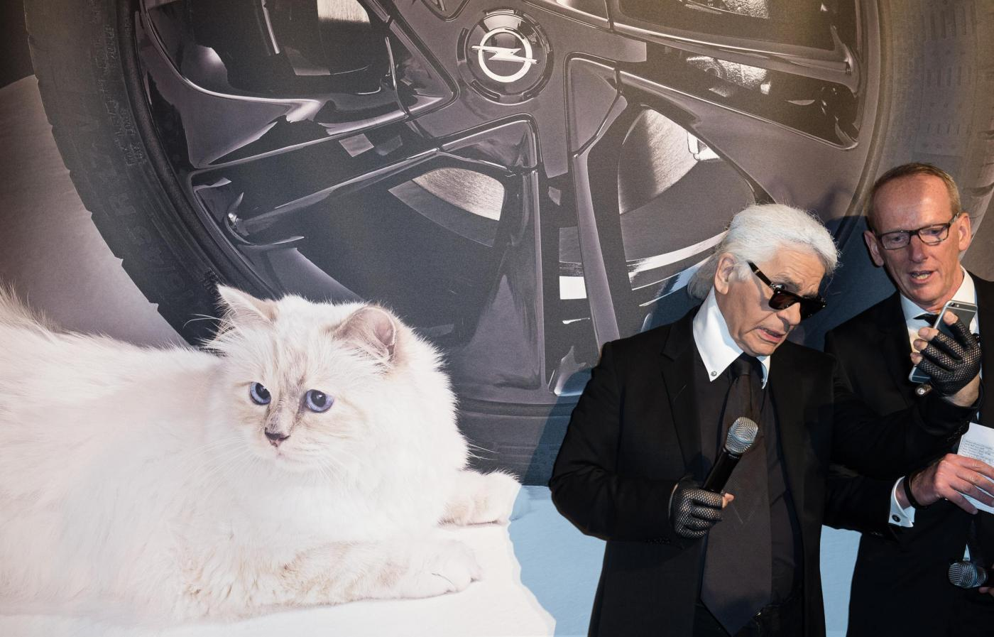 Karl Lagerfeld a Berlino presenta il calendario Corsa