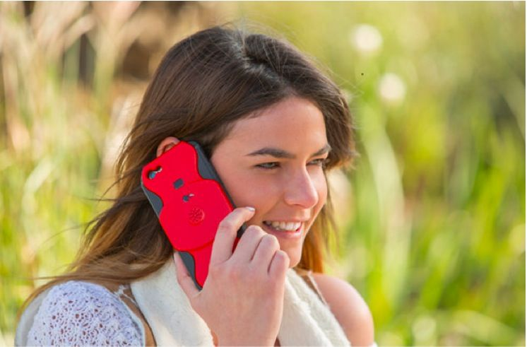 La custodia iPhone che registra le chiamate: il gadget spia