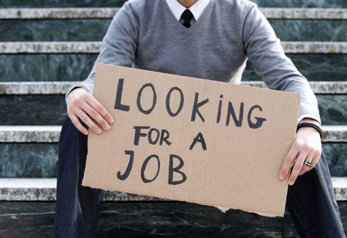 Laureati in Italia, dopo 3 anni dal conseguimento, lavora solo il 53%