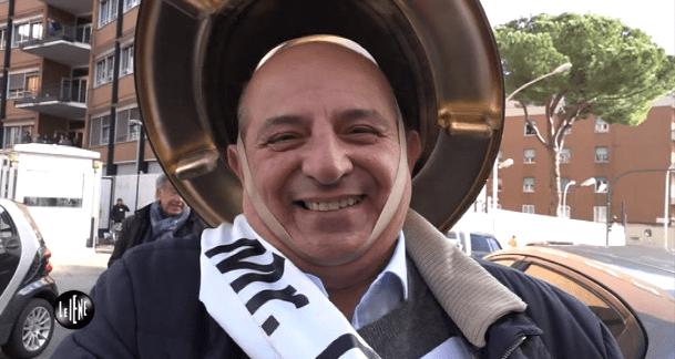 Le Iene: Giancarlo Magalli incoronato Mister Orribile Italia