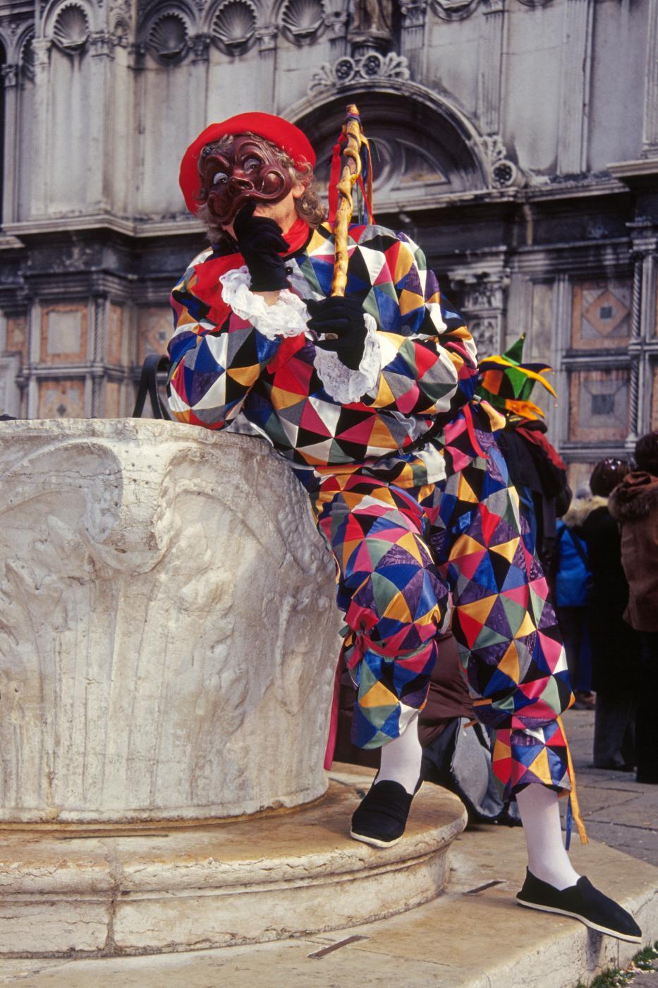 carnevale, maschera di arlecchino